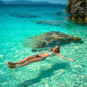 Bañarse en el mar principal